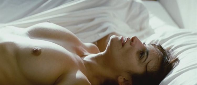 Penelope Cruz shot naked in the film Los Abrazos Rotos - 08