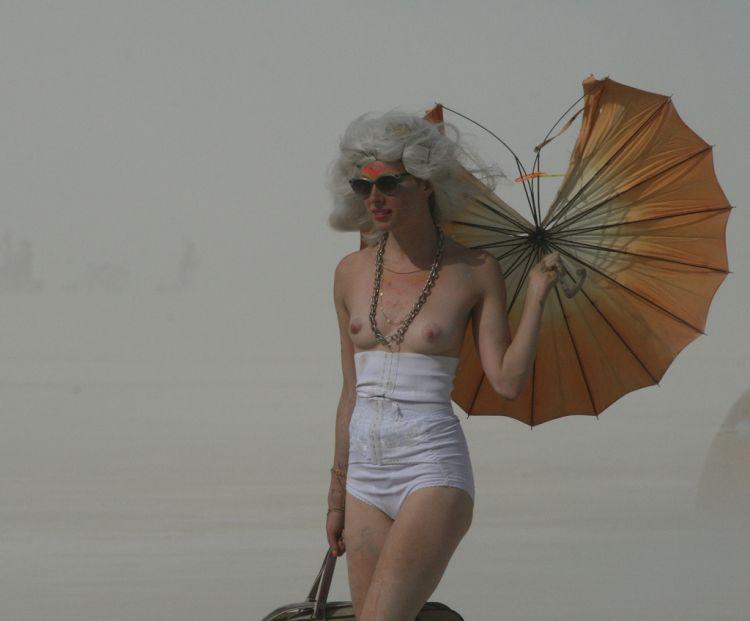 Girls from Burning Man Festival 2009 - 06