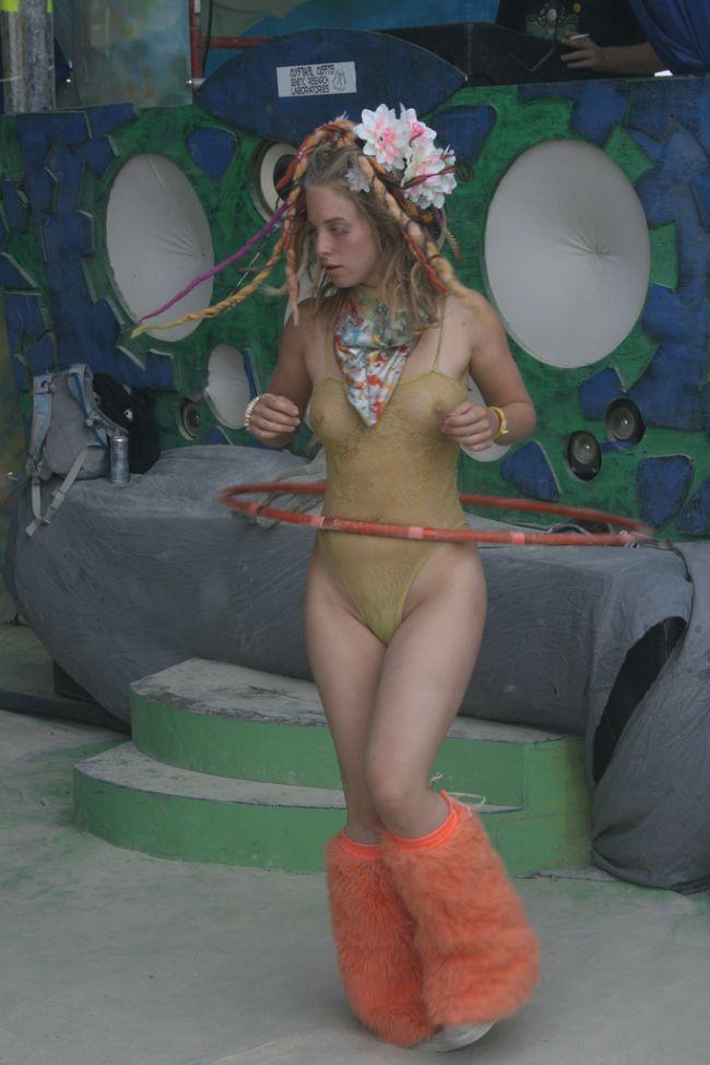 Girls from Burning Man Festival 2009 - 33