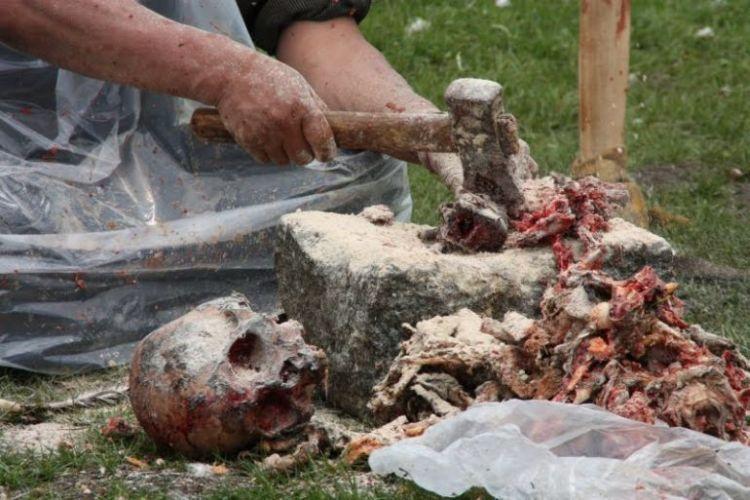 Burials in Tibet. NOT FOR SENSITIVE SOULS! - 49