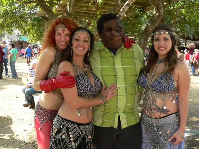 Girls Renaissance Festival. Apart from boobs, there's nothing to look at - 07