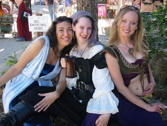 Girls Renaissance Festival. Apart from boobs, there's nothing to look at - 17