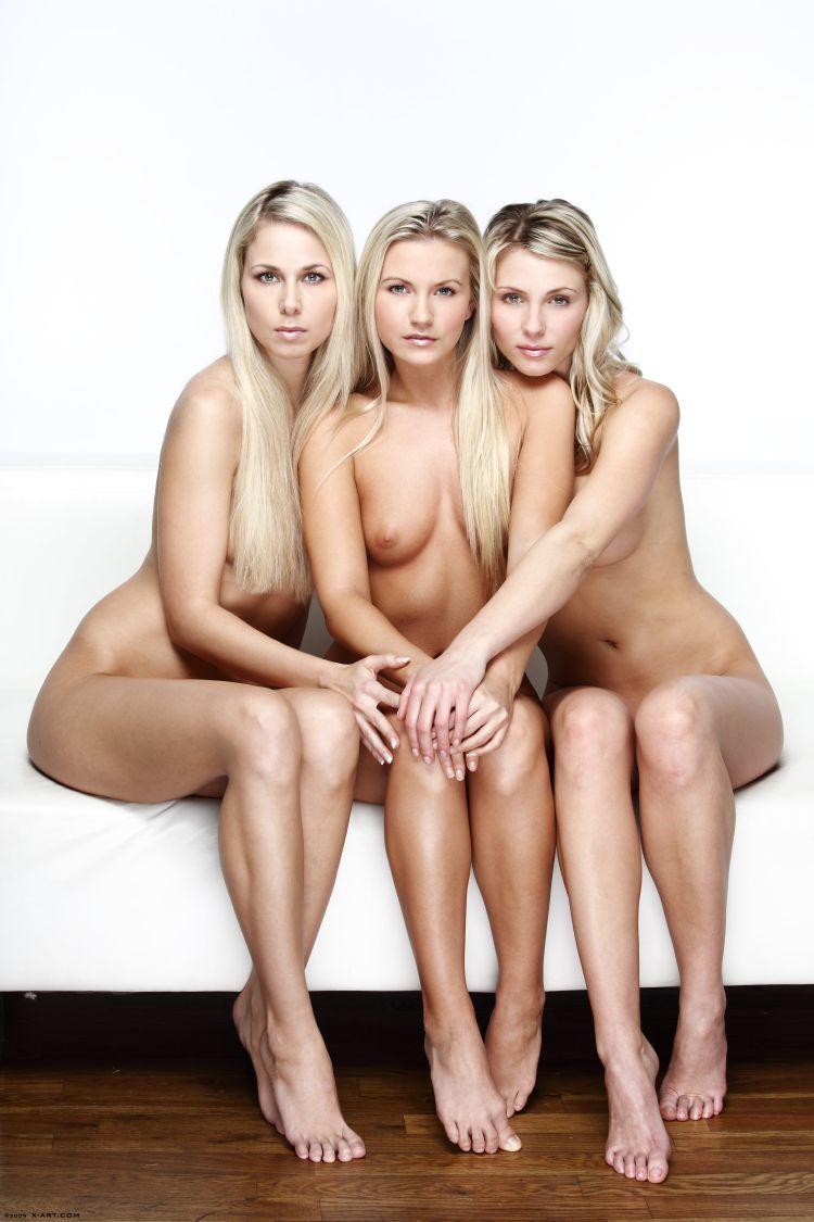 Charming trio - 02