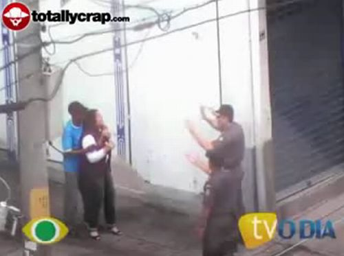 The incident in Rio de Janeiro. Sniper made a headshot and the hostage was freed - 20091001