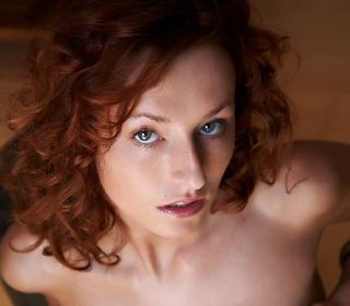 Red-haired wild thing Sienna