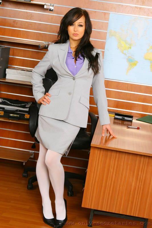 Sexy secretary - 02