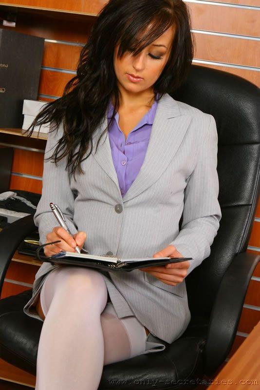 Sexy secretary - 04