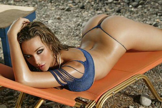 The sexiest Australian Emily Scott in ZOO magazine - 00