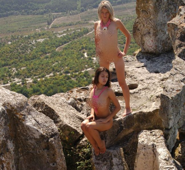 Sexy trio poses in the mountains - 00