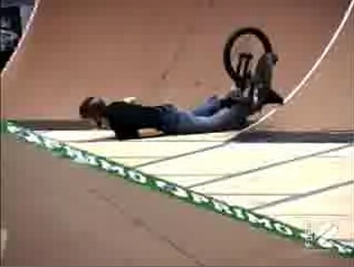 What happens when the best BMX tricks go wrong - 20091015
