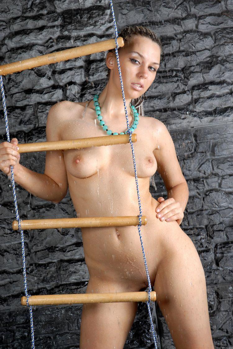 Hot muchacha - 21