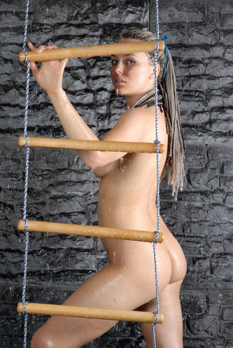 Hot muchacha - 23