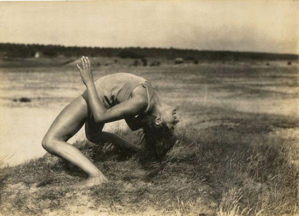Old erotic photos - 00