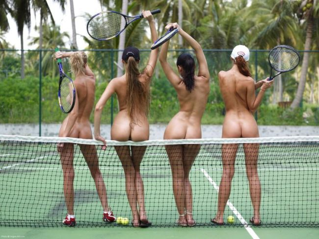 Four hot babes having fun on the court - 00