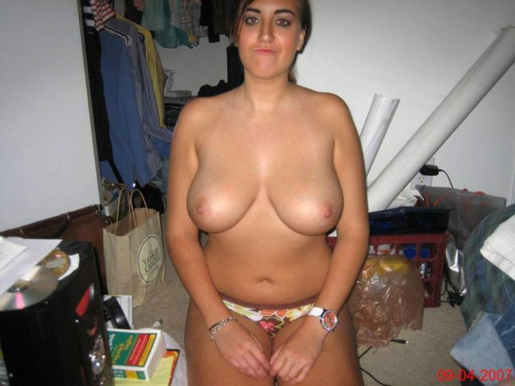 Compilation of amateur photos of girls with big boobies - 34