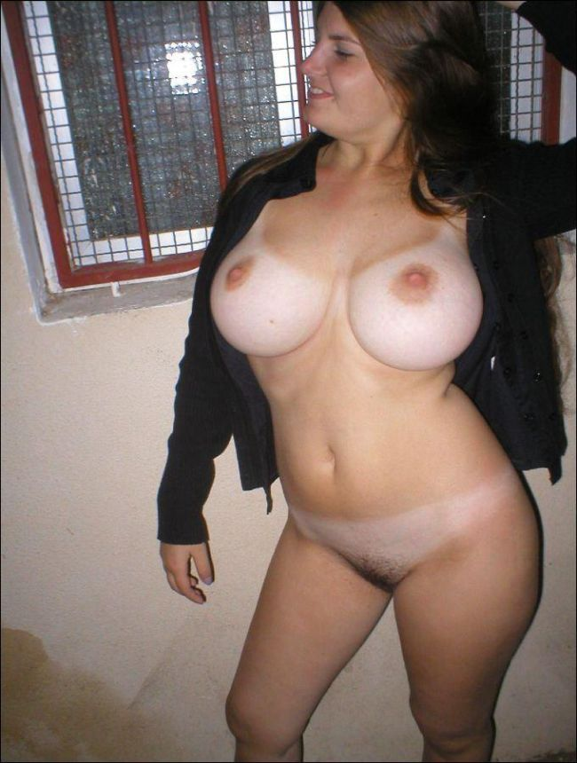 Compilation of amateur photos of girls with big boobies - 41