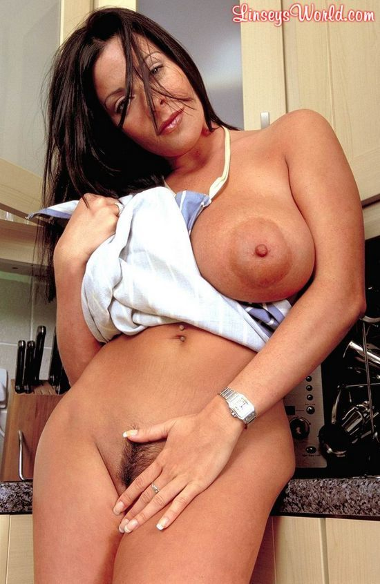 Linsey Dawn McKenzie, a chef with huge tits - 07