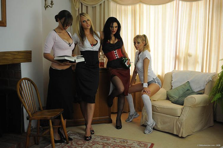 Four hot muchachas arranged a party - 01