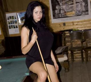 Playing billiard with naked busty Shione Cooper