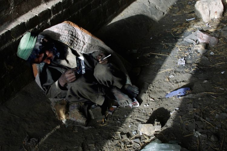 OMG of the day. The problem of drug addiction and drug production in Afghanistan - 12