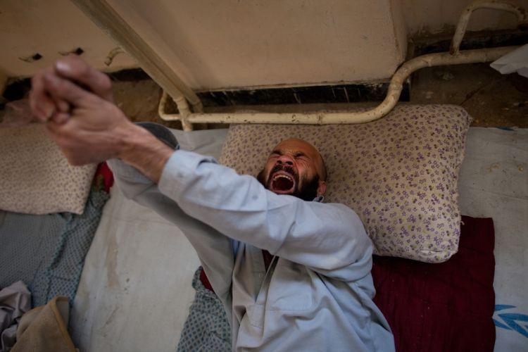 Кабул. зависимость. 5. 4. 3. 2. 1. Лечение наркоманов. о времени его откры