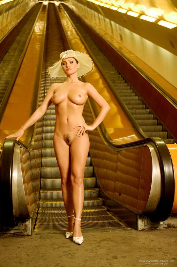 Woman Nude In Elevator 39