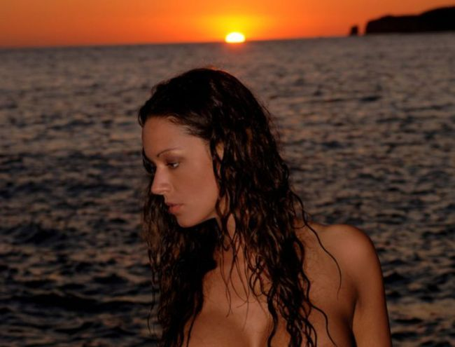 Delightful Vivian posing on the sunset - 00