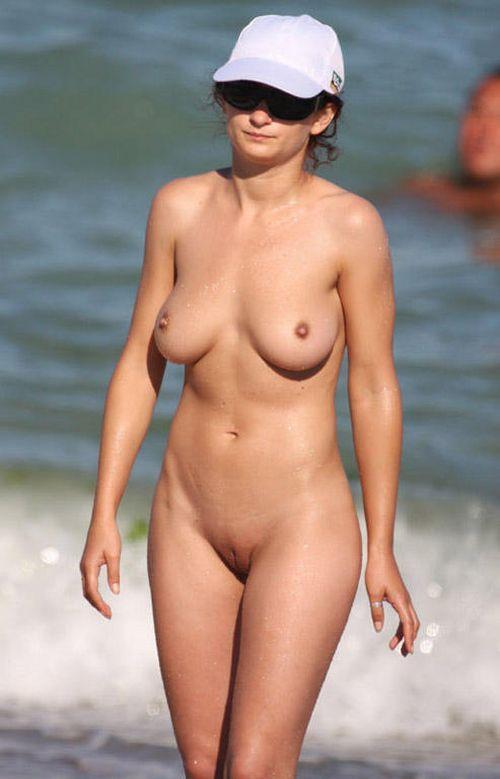 Meanwhile on nudist beaches... - 06