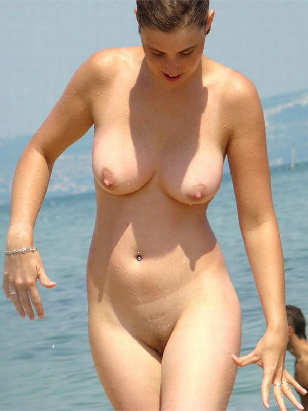 Meanwhile on nudist beaches... - 12