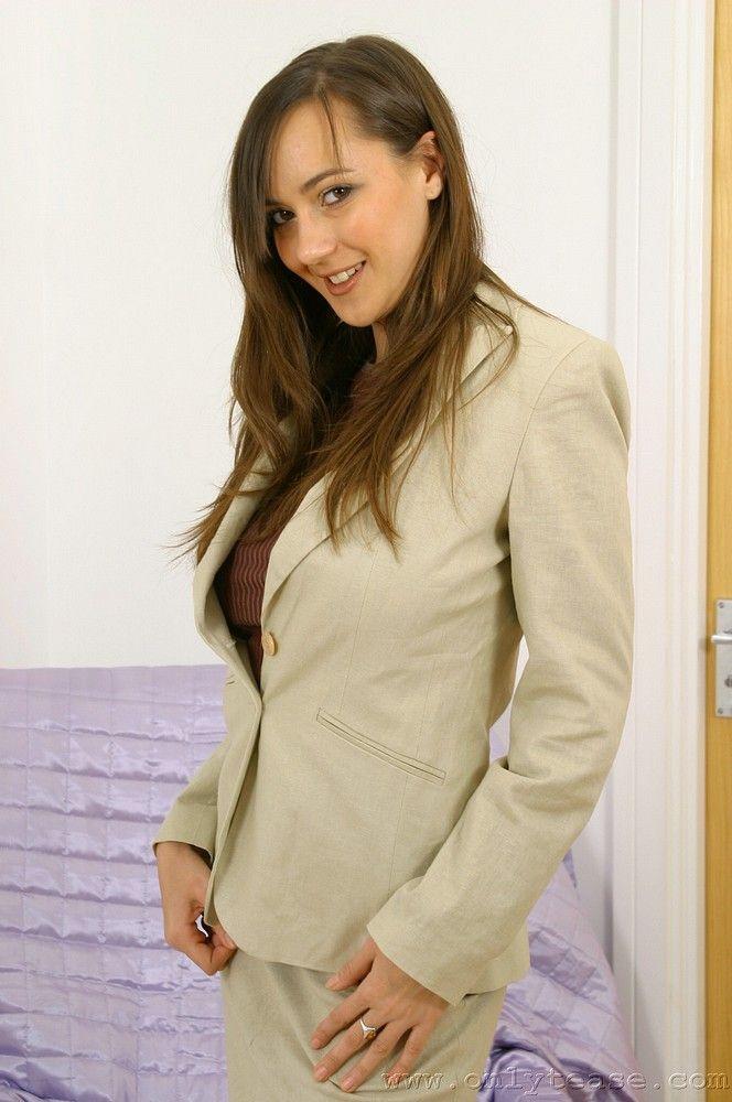 Sexy businesswoman Nadia - 01