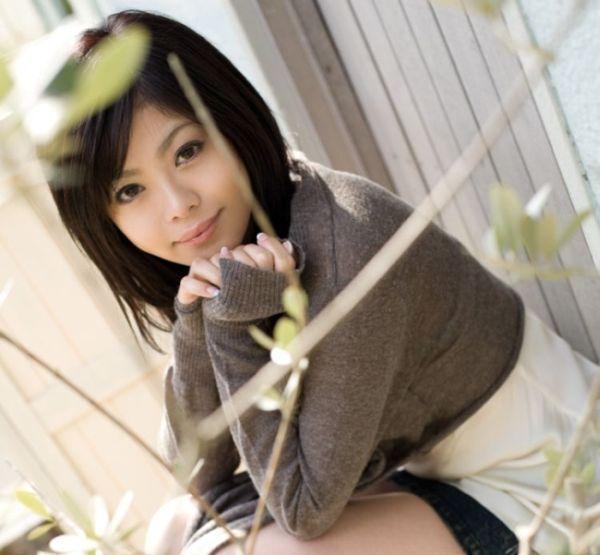 Stunning Asian girl - 00