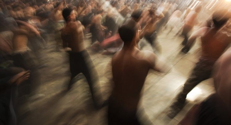 The Day of Ashura commemorated by Shia Muslims. Real craziness - 00