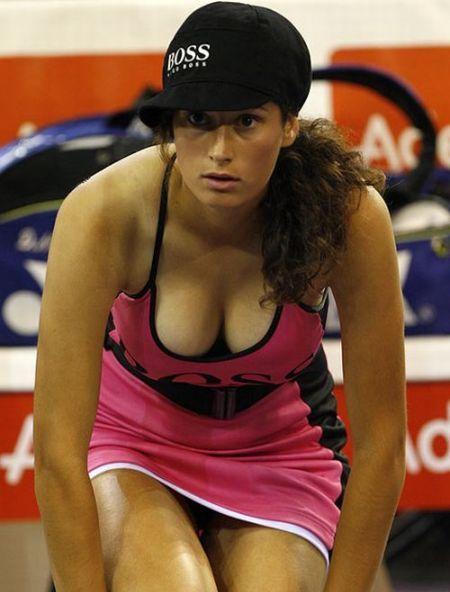 Why men love women's sports ... - 00