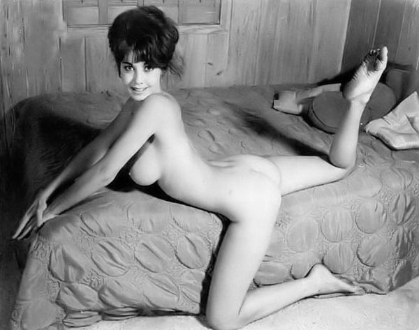 Large collection of erotic photos from the past - 129