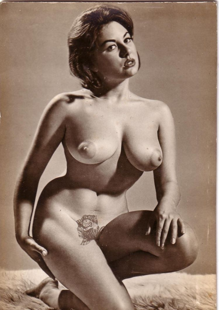 Large collection of erotic photos from the past - 26