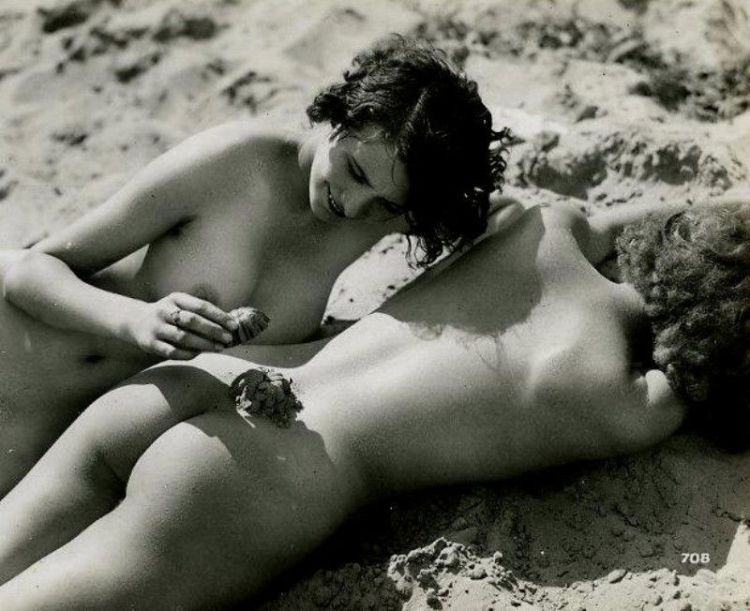 Large collection of erotic photos from the past - 28