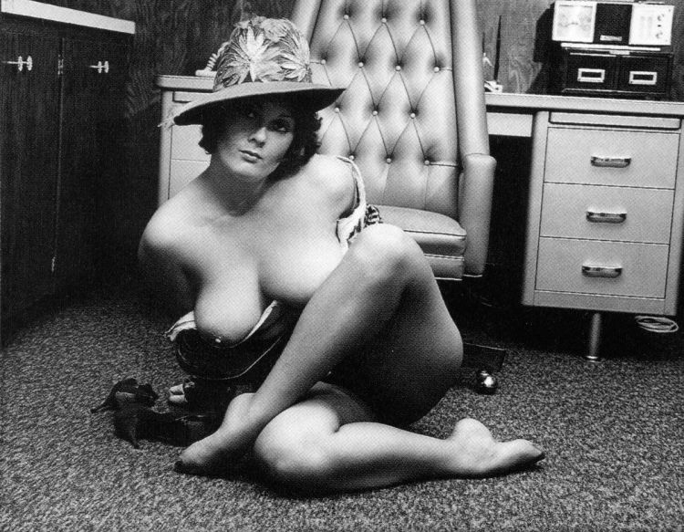 Large collection of erotic photos from the past - 41