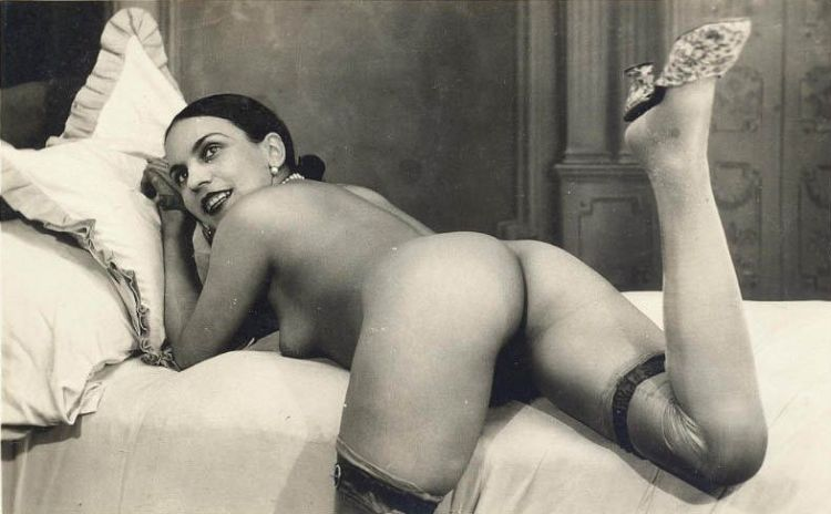 Large collection of erotic photos from the past - 46