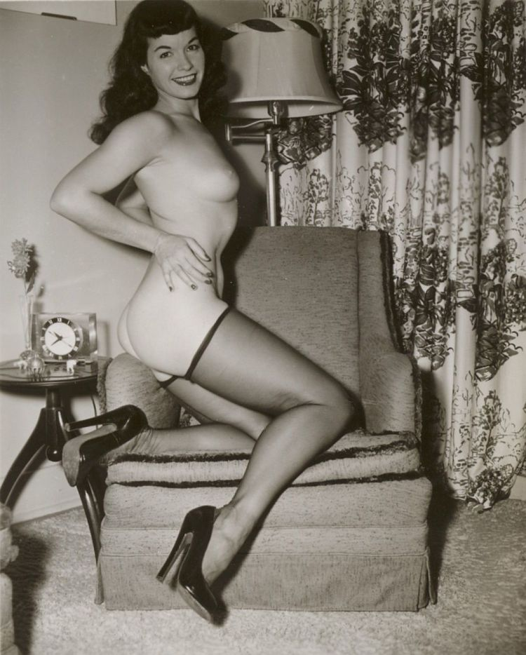 Large collection of erotic photos from the past - 52