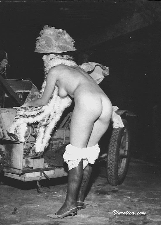 Large collection of erotic photos from the past - 55