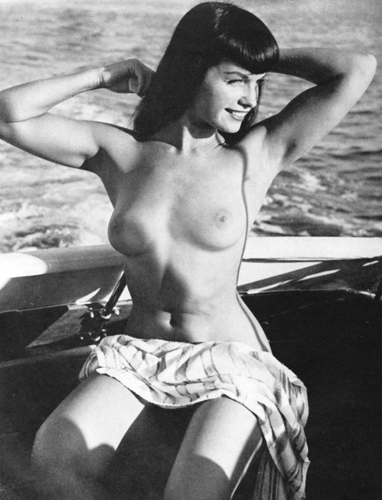 Large collection of erotic photos from the past - 63