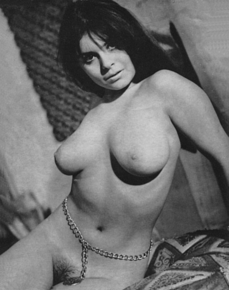 Large collection of erotic photos from the past - 65
