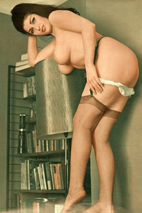 Large collection of erotic photos from the past - 66