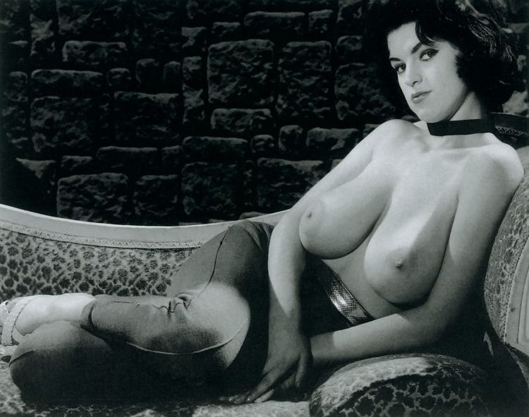 Large collection of erotic photos from the past - 80