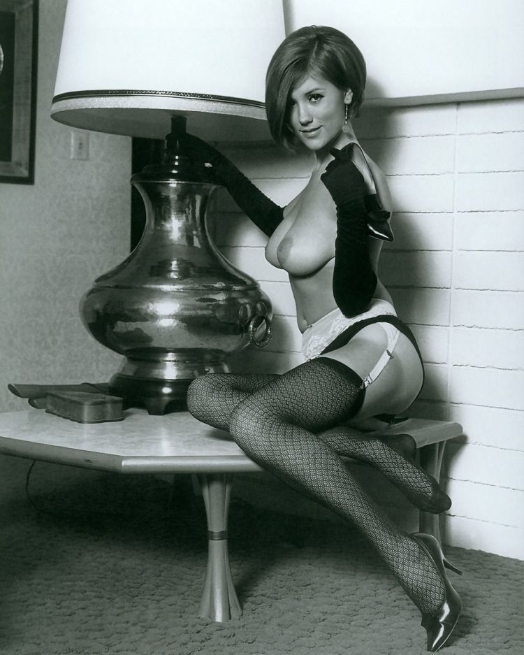 Large collection of erotic photos from the past - 88