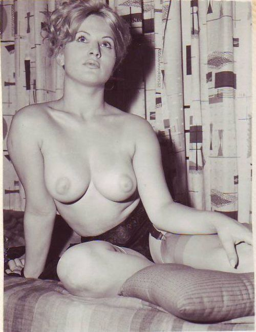 Large collection of erotic photos from the past - 90