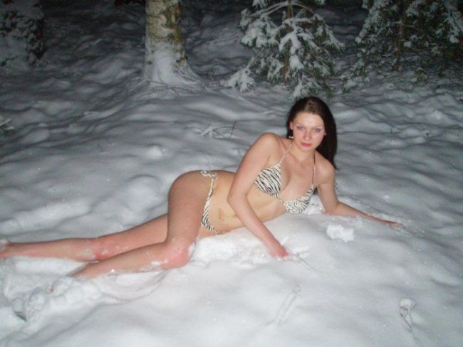 Water, snow and girls - 00