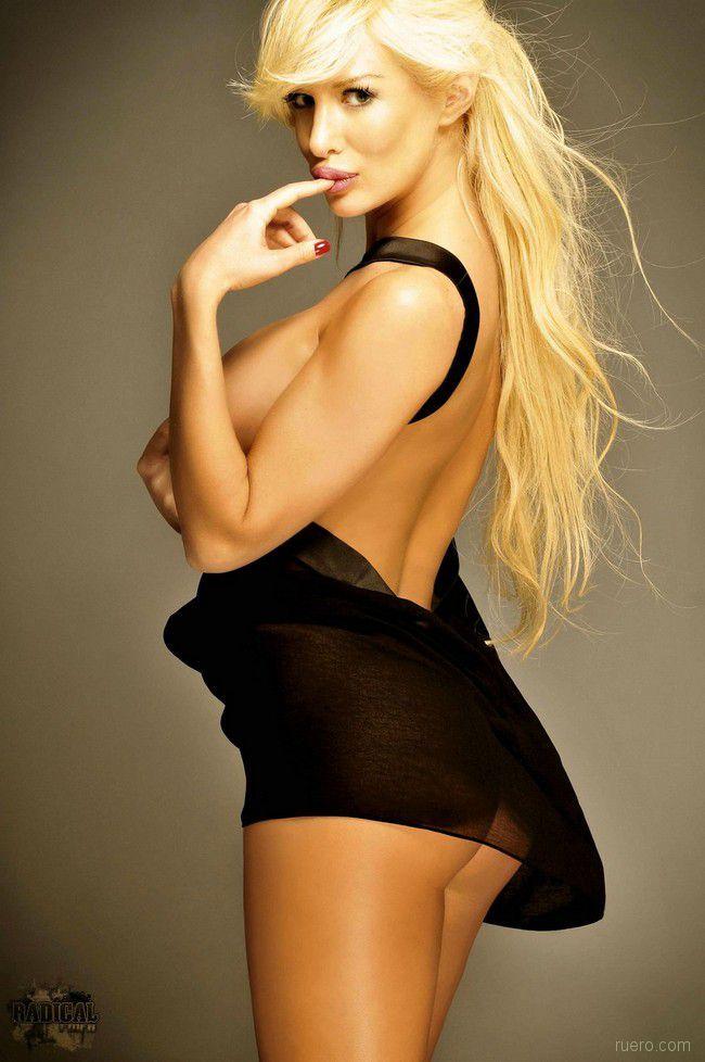Stunning Blonde Luciana Salazar - 02