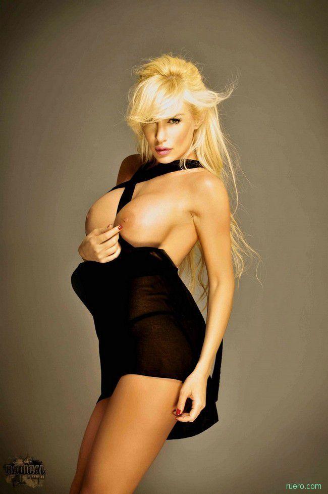 Stunning Blonde Luciana Salazar - 03