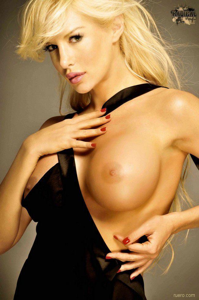 Stunning Blonde Luciana Salazar - 06